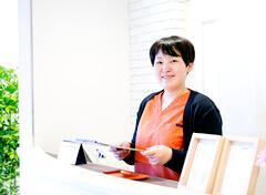 御殿場市 長澤健康院の受付スタッフ
